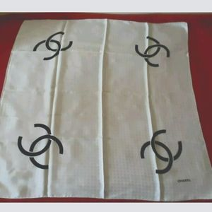 AUTHENTIC SILK SCARF CHANEL LOGO ALL MONOGRAMED